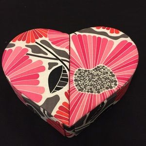VERA BRADLEY HEART JEWELRY BOX